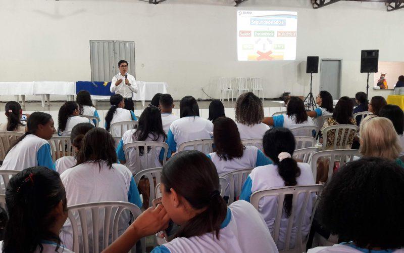 IMPRO debate reforma da Presidência Social com Agentes Comunitárias de Saúde