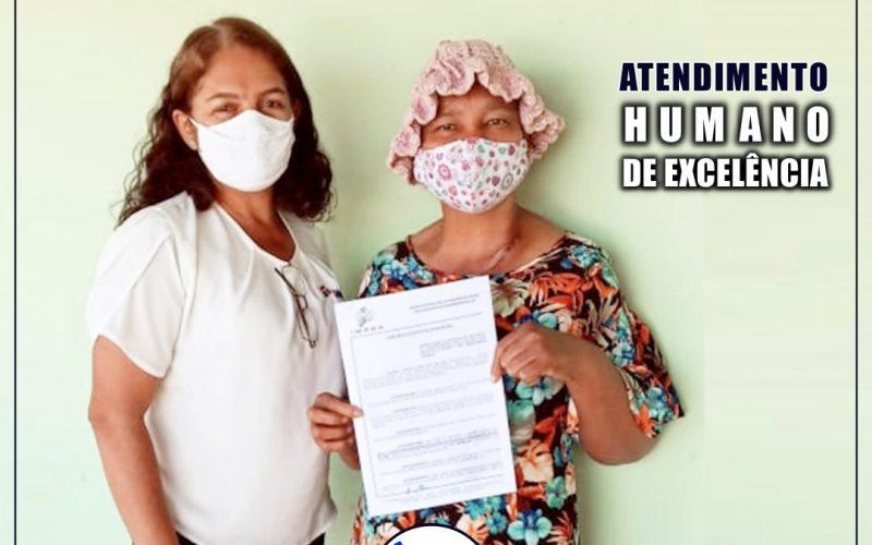 IMPRO procura servidora, com problemas de saúde e aposenta trabalhadora em sua residência